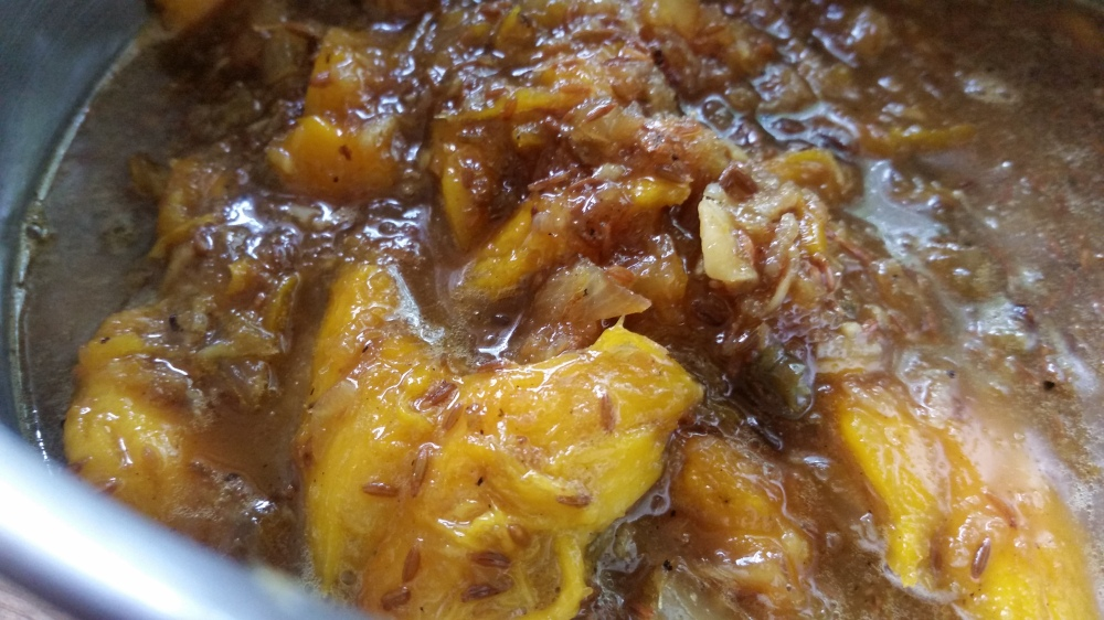 Mango barbeque sauce